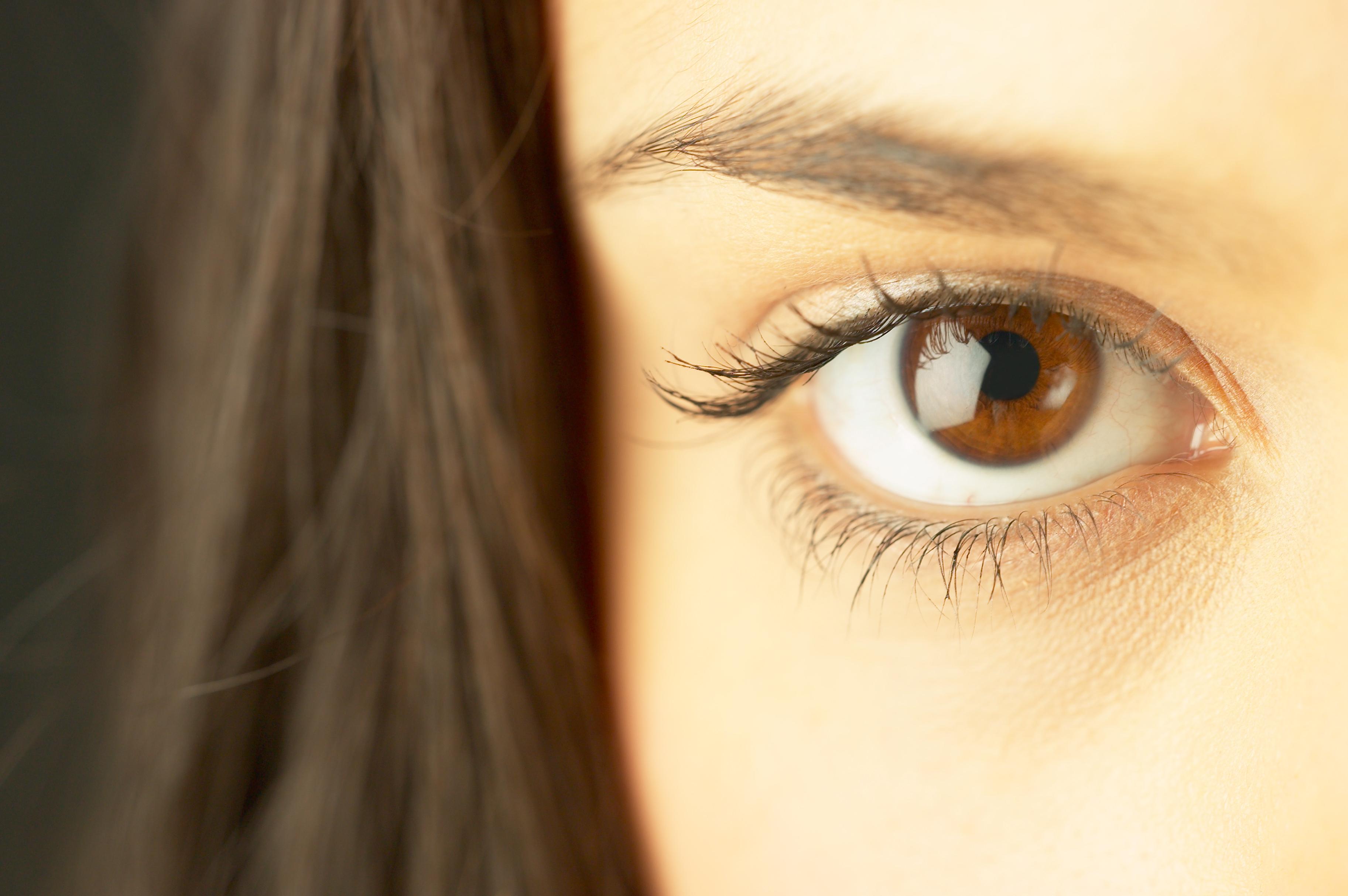 11079_eye_close_up.jpg