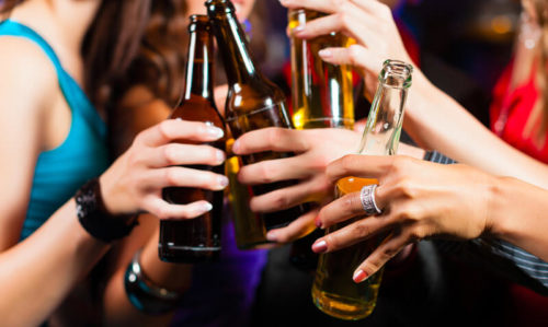 Alcohol and 'health halos': a risky mix - Featured Image