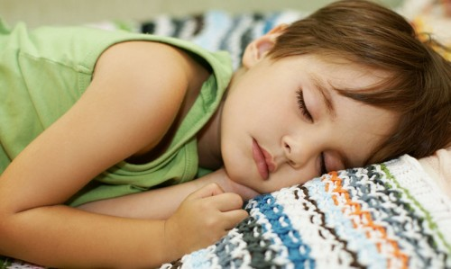 Kids bedtime linked to mums' health - Featured Image